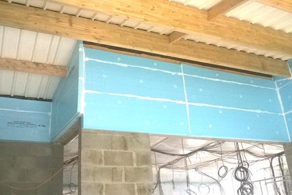 isolation-noirmoutier-pole-sante-panneau-rigide-en-mousse-polystyrene-extrude-roofmate-holding-pichaud-vinet-site-web62920216-ACB6-F4FD-EF0F-D20146708EC7.jpg