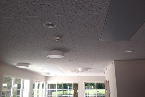 plafond-platre-a-ossature-cachee-knauf-holding-pichaud-vinetDAAE831F-9CD7-46FF-90B0-32023978FEC8.jpg